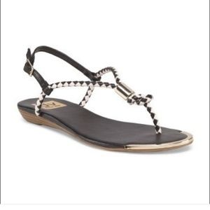 171ad010f678d Dolce vita thong sandals Black and white 7 gold